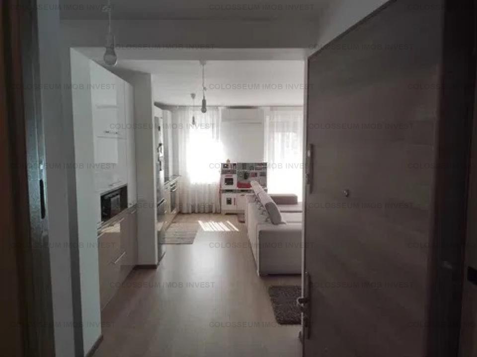 Apartament 3 camere- zona Tractorul