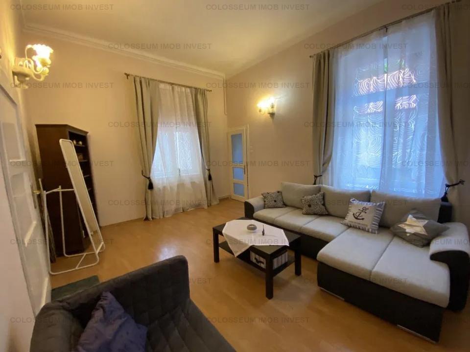 Apartament 3 camere - zona Centrul Istoric