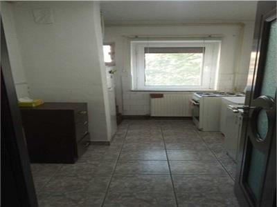 Apartament 2 camere - zona Scriitorilor