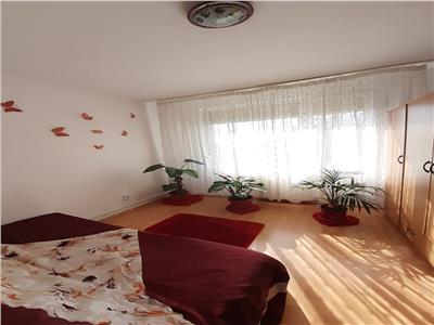 Apartament 4 camere- zona Craiter